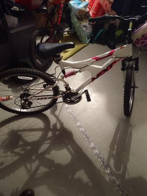 "24"" Girls NEXT bike for Sale in Ridgefield, WA"