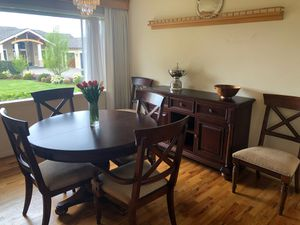 Cherry Expandable 6 Person Dining Room Set with Buffet for Sale in Woodway, WA