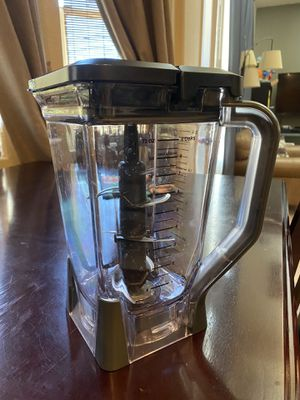 Ninja blender pitcher 72 oz for Sale in Moapa, NV