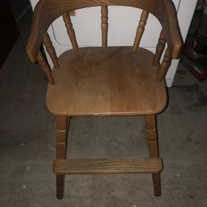 Wood Baby High Chair OBO for Sale in Fresno, CA