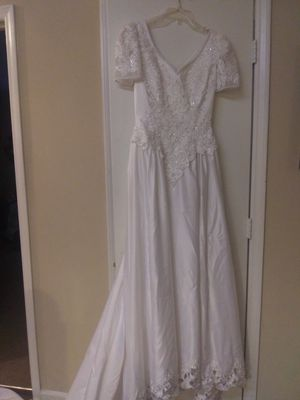 Michelangelo wedding gown and crown for Sale in Greensboro, NC