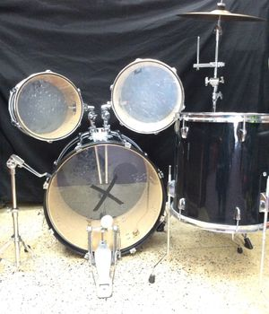 """Pearl Drum Set including Pearl Foot pedal, 18"""" Sabain Crash Ride Cymbal on Pear stand, High, Mid and Floor Tom. Snare stand, no snare though. for Sale in Laurel, MD"""