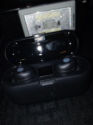Black wireless earphones new for Sale in Albuquerque, NM