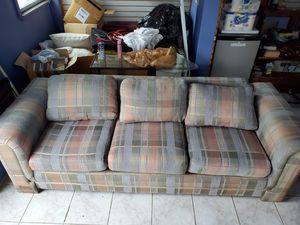 FREE COUCHES for Sale in Staten Island, NY