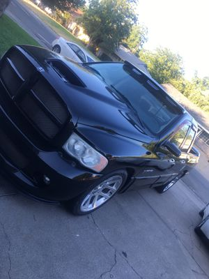 (NO LOW BALLERS)2006 dodge srt10 viper truck clean title PINKSLIP IN HAND for Sale in Sacramento, CA
