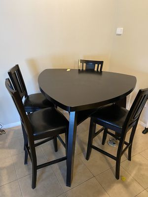 Dining room table set w/ 4 chairs for Sale in Ocoee, FL