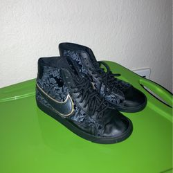Nike Blazers Women's Size 8 for Sale in Vancouver,  WA