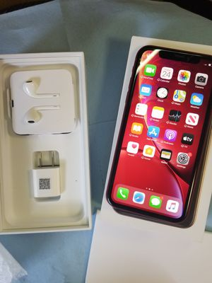 iPhone xr unlocked for Sale in Lindale, TX