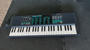 Yamaha PortaSound Voice Bank PSS-270 music keyboard for Sale in Surprise, AZ
