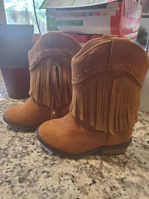 Girls boots. Size 6. NEW for Sale in Rancho Santa Margarita, CA