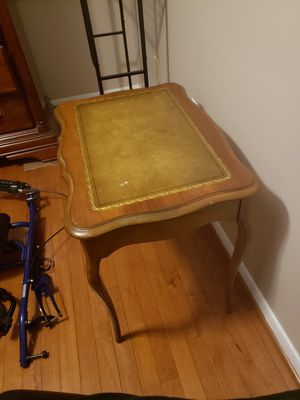 Antique side table for Sale in Burke, VA