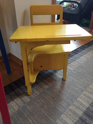 Kids desk for Sale in Apple Valley, MN