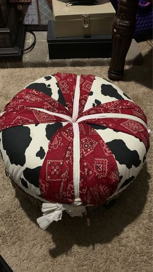 Western Foot stool for Sale in Puyallup, WA