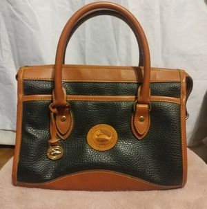 Dooney & Bourke ALL WEATHER LEATHER BAG/PURSE/TOTE for Sale in Salt Lake City, UT