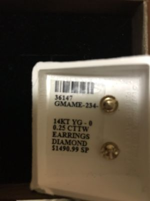.25 karat diamond earrings with screw back for security 14kt gold for Sale in Boston, MA