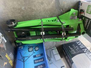 Daytona 4 ton jack for Sale in Ivanhoe, CA