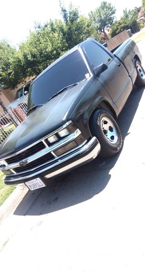 1989 Chevy c1500 for Sale in Fresno, CA