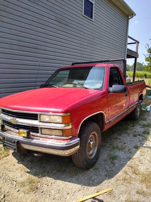 1999 Chevy 2500 p/u for Sale in Spartanburg, SC