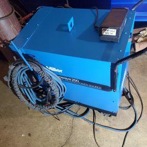 Miller Syncrowave 250 AC/DC TIG Welder for Sale in Shelton, WA