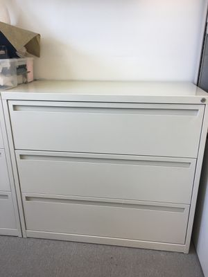2 herman Miller later file cabinets for Sale in Los Angeles, CA