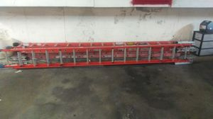28'ft NEW WERNER EXTENSION LADDER for Sale in Hawthorne, CA