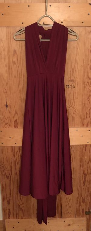 infinity dress— wine colored for Sale in Knoxville, TN