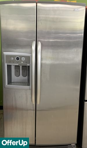Kenmore Refrigerator Fridge Side by Side With Icemaker #767 for Sale in Orlando, FL