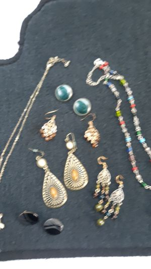 Jewelry bundle for Sale in Millersville, MD
