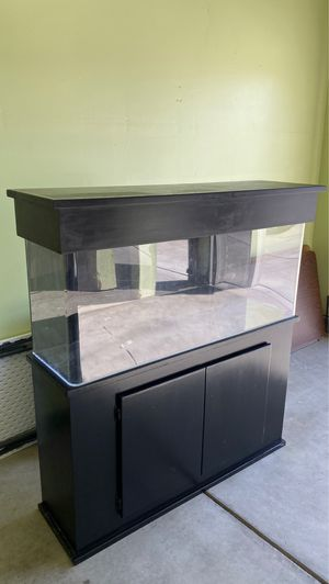 55 gallon Acrylic Fish Tank and stand for Sale in Stockton, CA