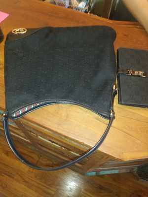 Gucci bag and wallet for Sale in Countryside, IL