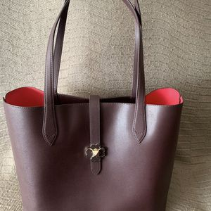 Kate Spade Shoulder Bag (burgundy). Great Condition. $75 for Sale in Montebello, CA