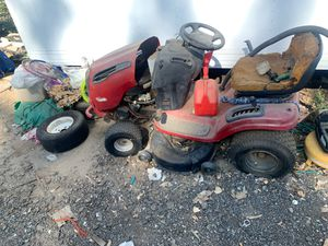 Ceafrsman tractor lawnmower for Sale in Riverside, CA