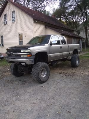 1999 Chevy Silverado 4wd for Sale in Covesville, VA