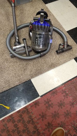 Dyson dc23. Cannistor. Renewed. Great condition. Many attachments included for Sale in Tacoma, WA
