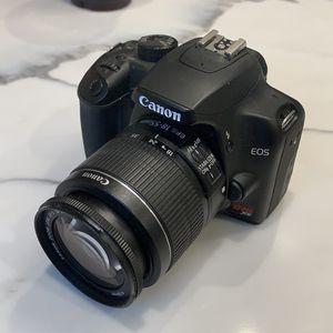 Canon Rebel XS Camera for Sale in Los Angeles, CA
