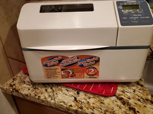 Bread maker for Sale in Kyle, TX