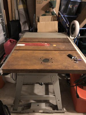 Craftsman table saw 10 inches for Sale in San Antonio, TX
