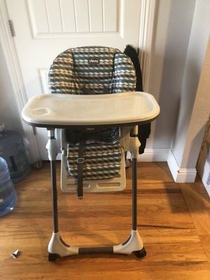 High chair for Sale in Pittsburg, CA