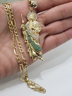 """10k Yellow gold 22"""" figaro chain and st. Jude charm for Sale in Los Angeles, CA"""