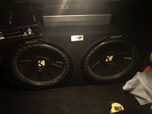 "Speakers kickers 2 12"" subwoofer 2 amplifiers for Sale in San Francisco, CA"