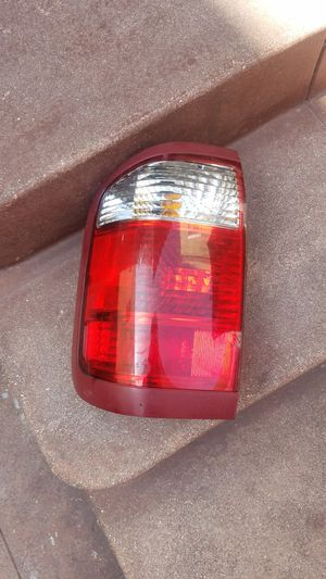 Infiniti QX4 rear left tail light for Sale in Los Angeles, CA