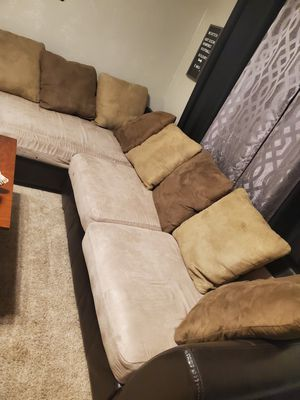 Couch L shaped for Sale in Chesapeake, VA