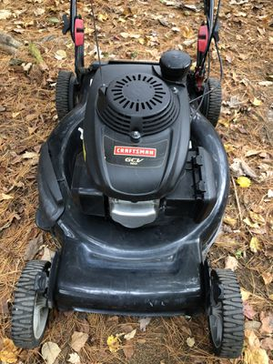 Craftsman Honda Powered Lawn Mower for Sale in Milford, MA
