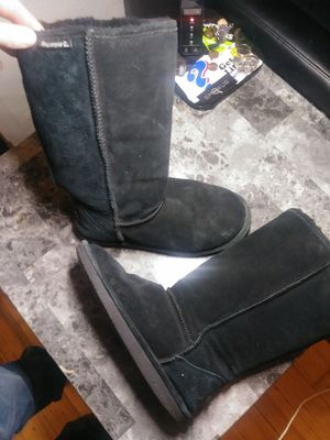 Size 8 bear paw boots for Sale in Portland, OR