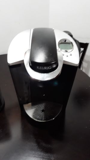 Keurig coffee machine for Sale in Pompano Beach, FL