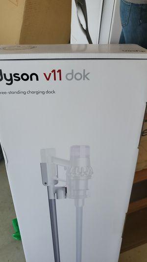 Dyson v11 dok for Sale in Moreno Valley, CA
