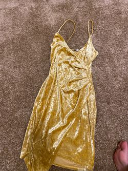 Yellow body con dress from Charlotte Russe for Sale in Springfield,  VA