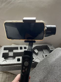 Phone Gimbal/Steadicam 3-Axis for Sale in St. Petersburg,  FL