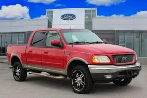 2001 ford F150 v8 tribute eng lariat for Sale in St. Louis, MO