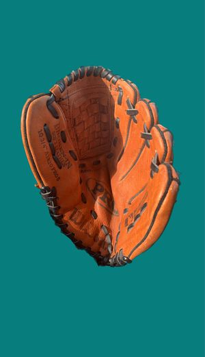 Wilson Leather Baseball Glove for Sale in Pleasant Hill, CA